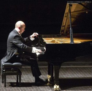 Nazzareno Carusi, docente di musica a Imola